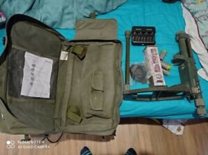 Ex Army Vallon VMH3CS Metal Mine Detector Kit with batteries and pin pointer