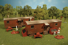 Bachmann 45175- Railway Workers Sheds x 2 Plasticville Kit -for HO Model Trains