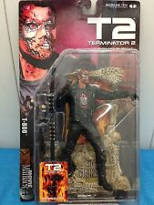 McFarlane Toys Movie Maniacs Series 4 - T800 - Terminator 2 - Arnold