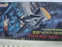 SHANGHAI DRAGON Modellbausatz 5502 im Maßstab 1:48: FOCKE-WULF Fw 190A-8