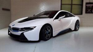 1:24 BMW i8 Hybrid Plug White Rastar Diecast Detailed 56500 Scale Model Car BNIB