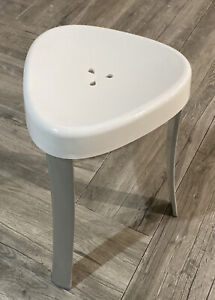 Spa Shower Stool - Aluminum and Plastic Shower Chair 18""