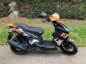 2021 (71) WK SX125 Scooter Learner Legal Moped 125 Automatic Motorcycle