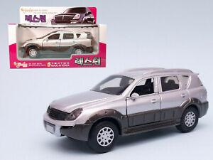 1:32 SsangYong Rexton Diecast Model Car by Sunlin
