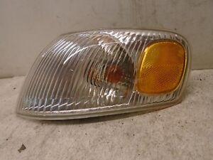 98 99 00 Toyota Corolla Left Side Corner Park Light Fender Mounted