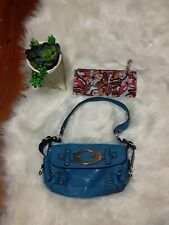 GUESS Baby Blue leather handbag with makeup bag Excellent Condition