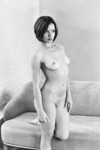 art picture black and white; Baryta print; Woman nude black and white