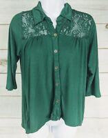 Weavers Women's Top Button Up Blouse Green Size Medium 3/4 Sleeve EUC A3511