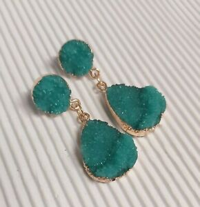 Gold Tone Emerald Green Resin Stud/Drop Earrings