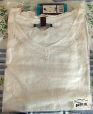 Gloria Vanderbilt Ladies' V-Neck Embroidered Top - 2X