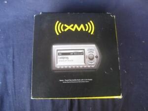 NEW AUDIOVOX XMCK-10AB XM XPRESS SATELLITE RADIO & CAR MOUNTING MOUNT KIT