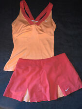 EUC AUTHENTIC WOMEN'S NIKE DRIFIT TENNIS GOLF TOP & SKIRT OUTFIT SIZE SMALL
