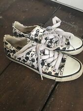Disney Mickey Mouse Trainers Converse Style Shoes Size 36 / 3