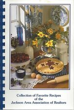 JACKSON MI 1998 AREA ASSN OF REALTORS FAVORITE RECIPES COOK BOOK MICHIGAN *RARE