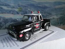 1/43 Matchbox  collectibles 1953 Ford F100 flying A tire service YRS02