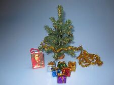 """DOLLHOUSE MINIATURE CHRISTMAS TREE WITH GARLAND-GIFTS & GIFT BAG 5"""" GOLD"""