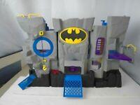 Fisher Price Imaginext DC Super Friends Batman Batcave Playset 2007 comics