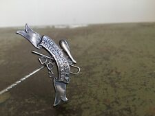 More details for antique ehrenmitglied stover-rennklub german horse racing metal lapel pin badge