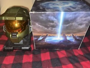 Halo 3 Collectors Legendary Edition Master Chief Helmet Stand With Box NO GAME