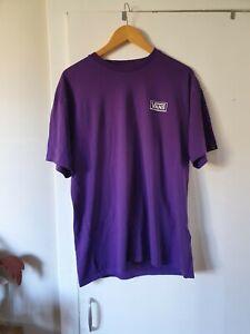 mens Vans short sleeved classic fit T.shirt large purple.100%cotton..good condit