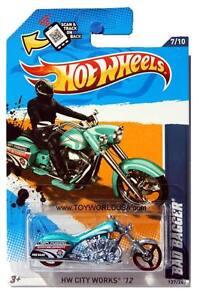 2012 Hot Wheels #137 HW City Works Bad Bagger