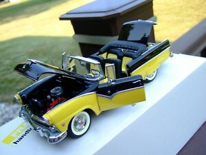Danbury Mint 1/24th Scale L.E. 1955 Ford Sunliner-PAPERS & BOX-VERY VERY NICE-