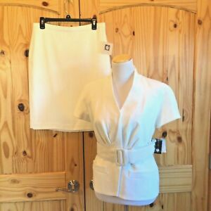 NEW Anne Klein Modern Soft White 2 Piece Skirt Suit Career Wear Size 8P