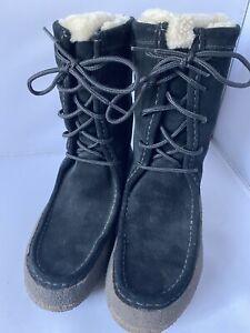Gorgeous Clark's Black Suede Sheepskin Moccasin Snow Boots, U.K. 4, Excellent