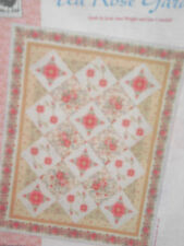 Red Rooster Tea Rose Garden QUILT FABRIC KIT - Applique & Piecing