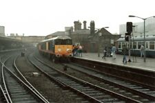 PHOTO  CLASS 20 LOCO NO 20064 LEADING AND 20030 20118 A SPECIAL 'THREE TO THE SE