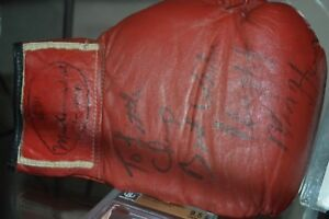 HITMAN HEARNS FOUGHT WORN & MUHAMMAD ALI SIGNED BOXING GLOVE! SOURCED GREEN!