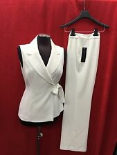 "Albert Nipon PANT SUIT/NEW WITH TAG/RETAIL$280/SIZE 10/INSEAM 32""/OFF WHITE"
