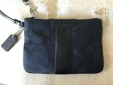 COACH Black Jacquard Canvas with Patent Leather Trim Wristlet Zip Top 52281 EUC