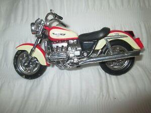 HONDA F6C 1-18 SCALE MAISTO MOTORCYCLE MODEL