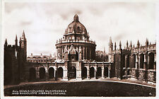 Oxfordshire Postcard - All Souls College Quadrangle and Radcliffe Library ZZ3501