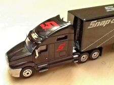 New 2016 Snap-on Tools Semi Truck 1:64 Scale Crown Premiums Die Cast Metal