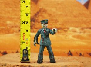 MEGA BLOKS HORDE CALL OF DUTY ZOMBIES OUTBREAK Cake Topper Figure Model K1252 J