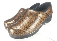 Sanita Womens Size 38 Clogs Comfort Shoes Brown Snakeskin print  7-7.5 US