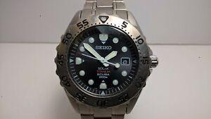 Seiko Prospex SBCB007 Black V145-0AH0 Solar Scuba 200m Titanium Diver; Bracelet