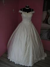Zauberhaft! Vintage Brautkleid Gr. 38 Mega-Schleppe 90er Jahre Nr.11