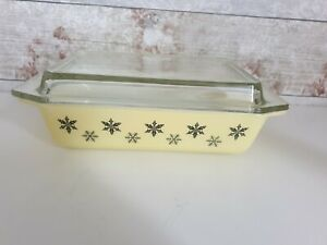 Vintage JAJ Pyrex Gaiety Rectangular Dish & Lid Black snowflakes on Yellow