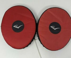 Pair of Everlast Boxing Focus Mitts Punch Pad Training Equipment Red and Black