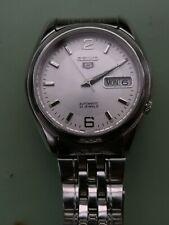 SEIKO 7S26-01V0 automatic watch with Seiko signed strap.