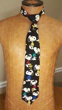 "Vintage Snoopy and friends Woodstock black background  1971 4"" 100% silk 59"""