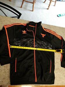Youth Chicago Bulls Track Jacket Adidas Sz 18/20 XL Black And Orange