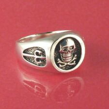 Skull & Crossbones Pirate/Buccaneer Ring Solid Sterling
