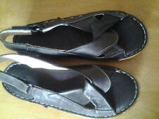 100% Leather Sandals and Beach Shoes for Women