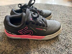 Five Ten Freerider Pro Shoes Size Uk 2.5 EUR35, Cycle MTB Black/pink