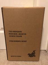 Hot Toys Iron Man Mark 7 VII 1/6 Scale Avengers New and Sealed USA Shipping