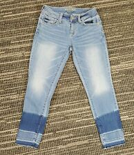 Arizona Juniors Size 1 Blue Two Toned Blue Cropped Jeans